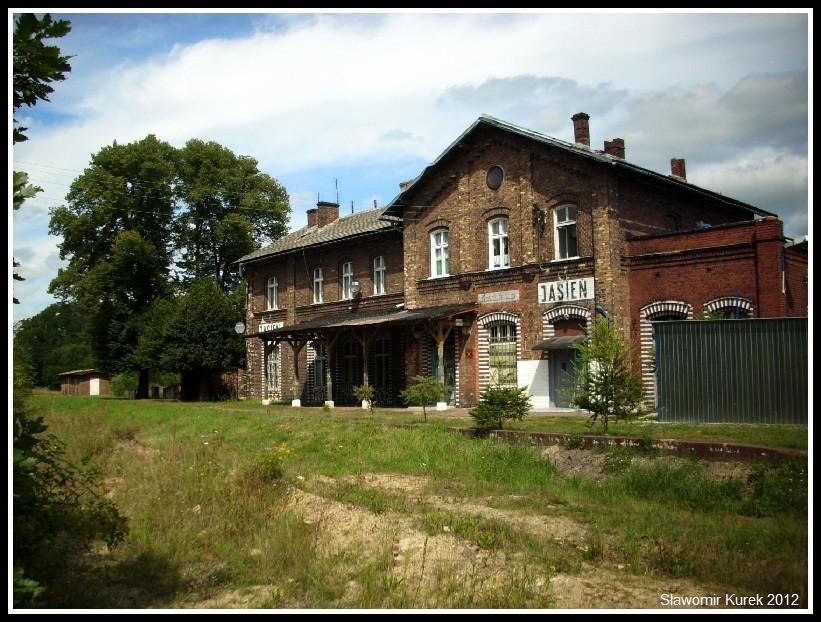 Jasień - stacja PKP 10