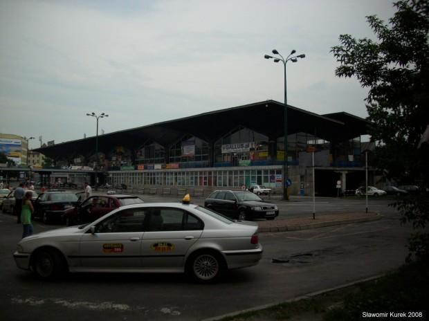 budynek dworca w Katowicach
