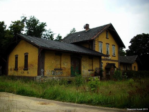 Gozdnica - uliczka na torach