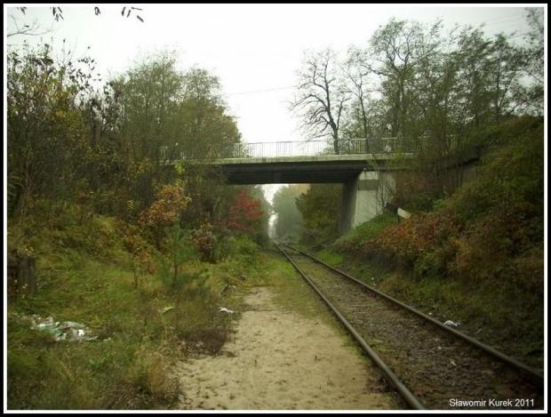 Nowogród - w stronę Osiedla i wiadukt