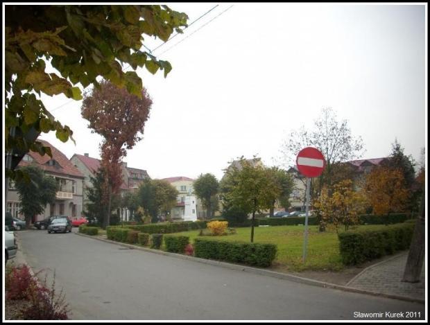 Nowogród - Pl Wolności 2