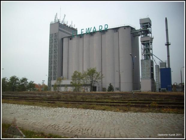 Nowogród Osiedle - elewator