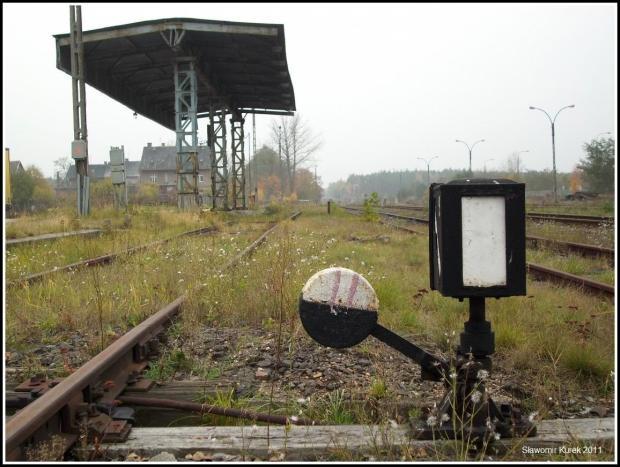 Nowogród Osiedle - zadaszona rampa