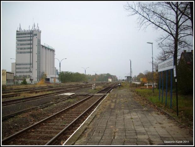 Nowogród Osiedle - peron I
