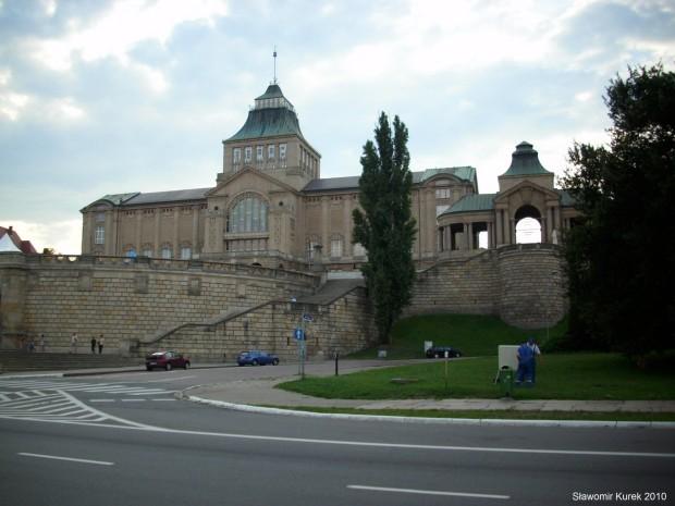 Wały Chrobrego i Teatr Współczesny