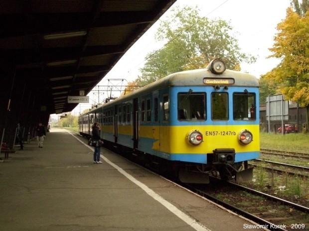EN57-1247 na stacji Totuń Główny
