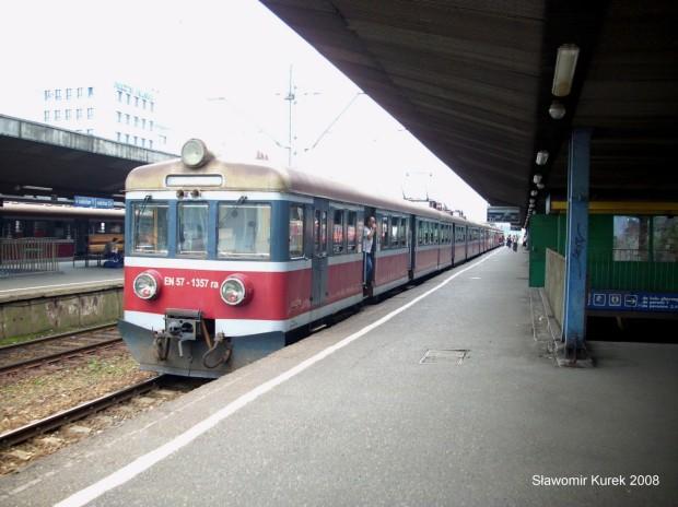 EN57-1357 na stacji Katowice