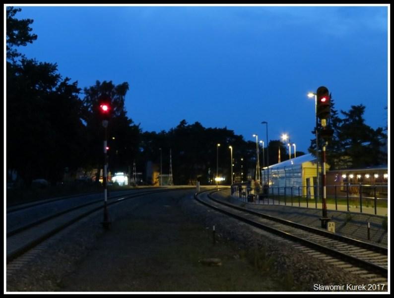 Władysławowo - stacja nocą 5