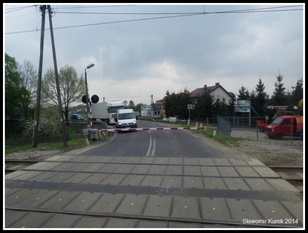 Łask - ulica przed stacją