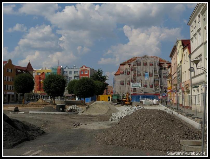 Plac Słowiański 1