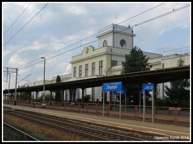 Zbąszyń - budynek stacji z peronu III