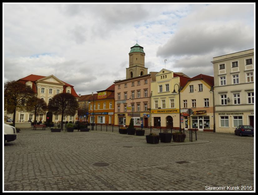 Plac Słowiański 6